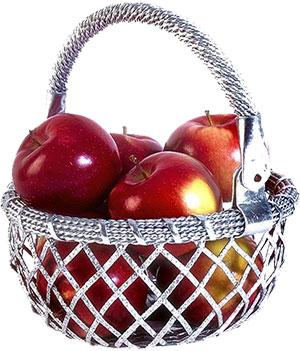 basket red apples